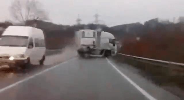 Aufgepasst im Straßenverkehr – Eine Compilation | WTF | Was is hier eigentlich los?