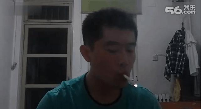 Akrobatik mit Zigaretten