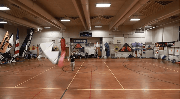 Drachenfliegen ohne Wind - Indoor!