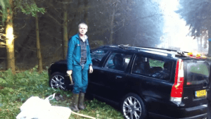 Volvo vs. Hammer | Lustiges | Was is hier eigentlich los? | wihel.de