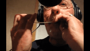 Wieso Trompete? Ein Gummband reicht doch auch | Musik | Was is hier eigentlich los?