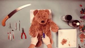 Wie man einen Teddy operiert | WTF | Was is hier eigentlich los? | wihel.de