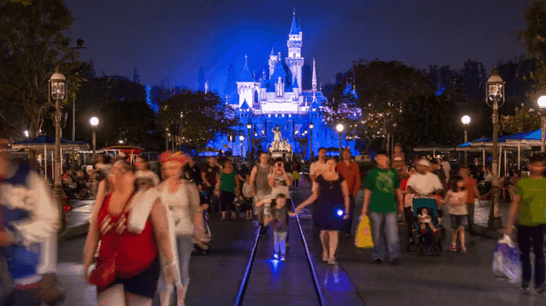 Timelapse: Welcome to the magic - Disneyland
