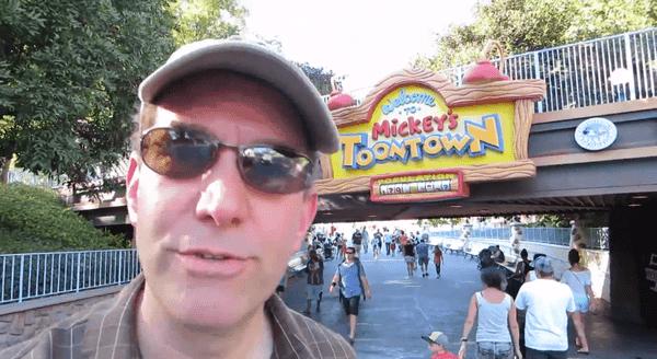 Fucking Disneyland | Lustiges | Was is hier eigentlich los?