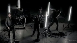 Adrift - Pandora's Box | Musik | Was is hier eigentlich los? | wihel.de