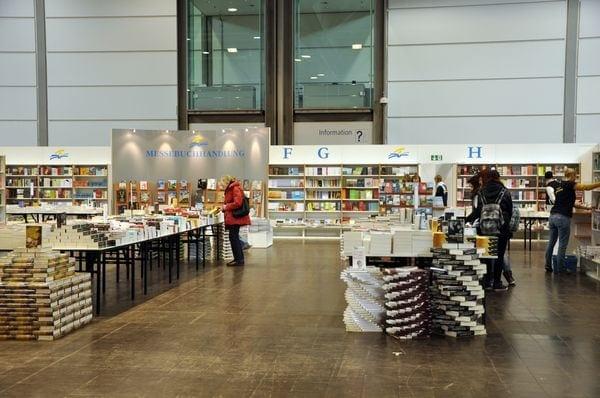 Line, sag mal was zur... Leipziger Buchmesse | Kolumne | Was is hier eigentlich los?