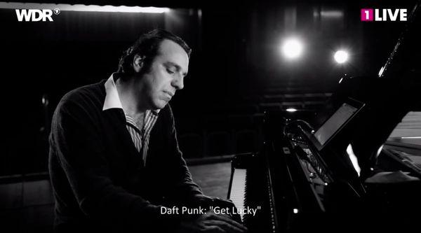 Chilly Gonzales erklärt die Großartigkeit von Daft Punk's Get Lucky | Musik | Was is hier eigentlich los?