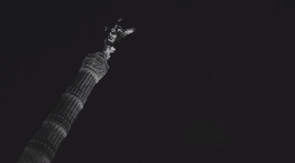 Berlin, Nacht, 23:42 | Musik | Was is hier eigentlich los? | wihel.de