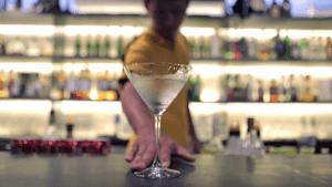 Der Flaschenjongleur Po Hseng Hsu | Awesome | Was is hier eigentlich los? | wihel.de