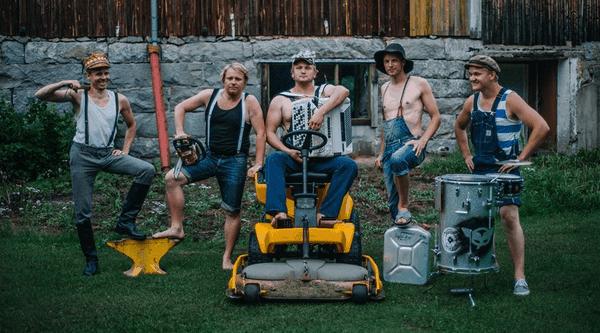 Die Finnen covern Thunderstruck | Musik | Was is hier eigentlich los?