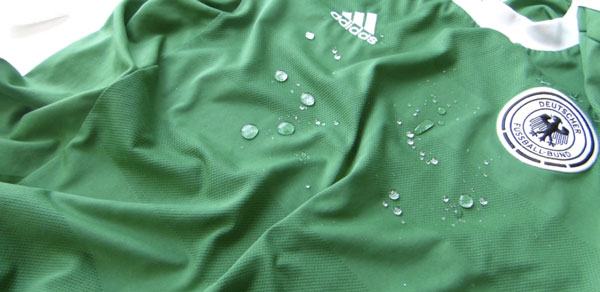nanoCure - Die Revolution für die Textilindustrie (und euch) | Gadgets | Was is hier eigentlich los?