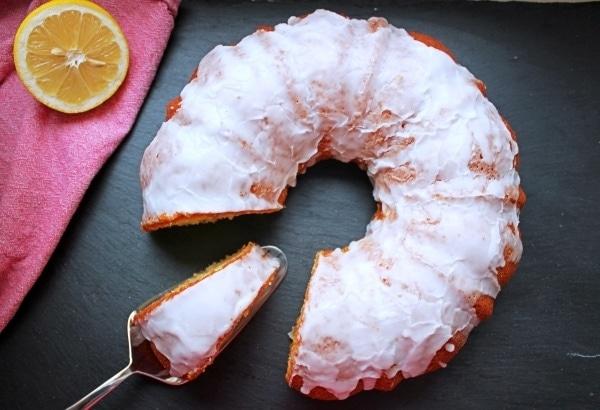 Line, back doch mal... Zitronen Joghurt Kuchen