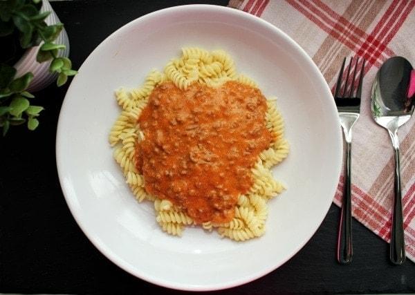 Line, koch doch mal... Nudeln mit Bolognese à la Mama | Line kocht | Was is hier eigentlich los?