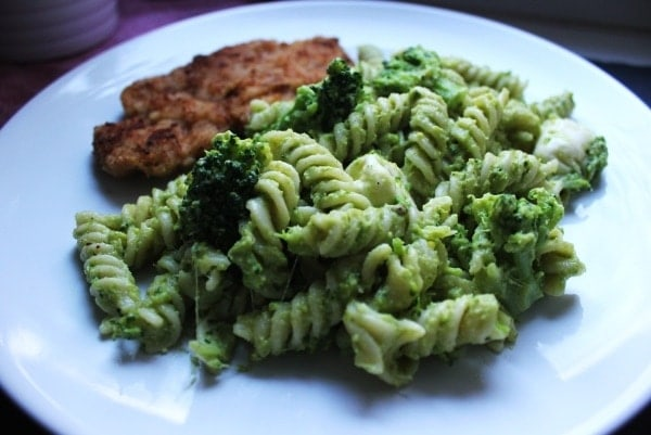 Line, koch doch mal... Pasta mit Brokkolipesto und Minischnitzeln | Line kocht | Was is hier eigentlich los?