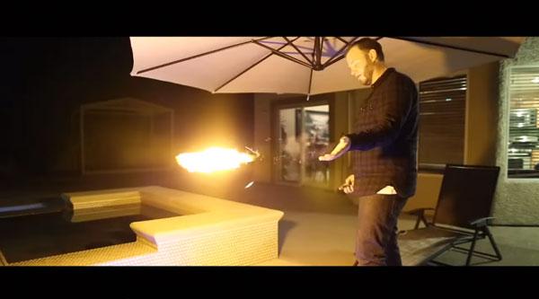 Der Pyro Fireshooter - Für alle Silvester-Spackos