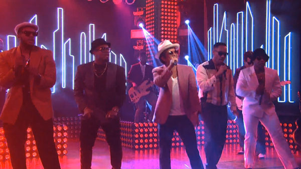 mark-ronson-feat-bruno-mars-uptown-funk