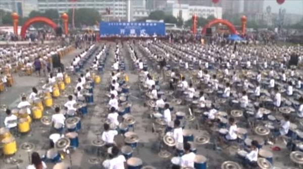 Weltrekord: 1.200 Schlagzeuger spielen zusammen