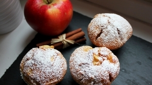Line, back doch mal... Joghurt-Apfel-Zimt-Muffins | Line backt | Was is hier eigentlich los?