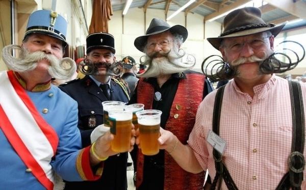 Hinter den Kulissen der National Beard and Moustache Championships diesen Jahres