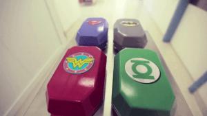 Superman, Batman und Co. bekämpfen Krebs | Awesome | Was is hier eigentlich los?