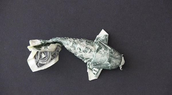Wie man aus einem Geldschein einen Koi faltet | Design/Kunst | Was is hier eigentlich los? | wihel.de