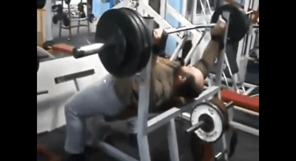 Wie man im Training richtig Gewichte stemmt