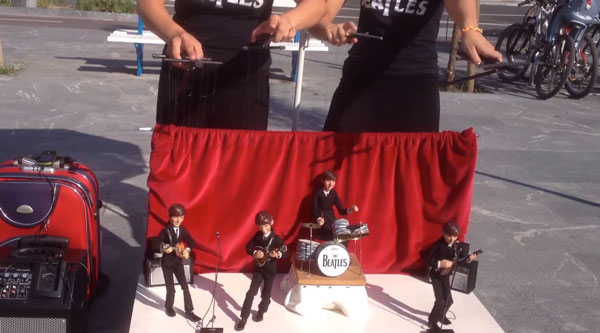 Die Marionetten-Beatles performen Help | Musik | Was is hier eigentlich los?