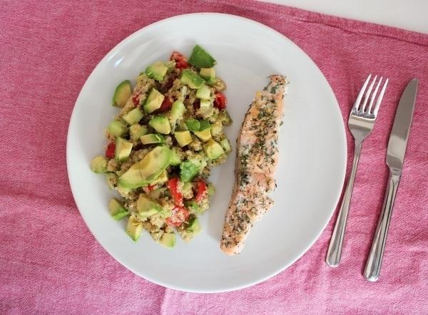 Line kocht: Quinoa-Salat mit Sommerlachs