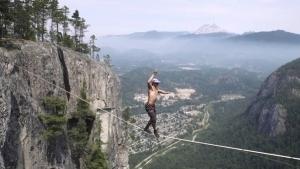 Spencer Seabrooke und sein Weltrekord auf dem Hochseil | Awesome | Was is hier eigentlich los?