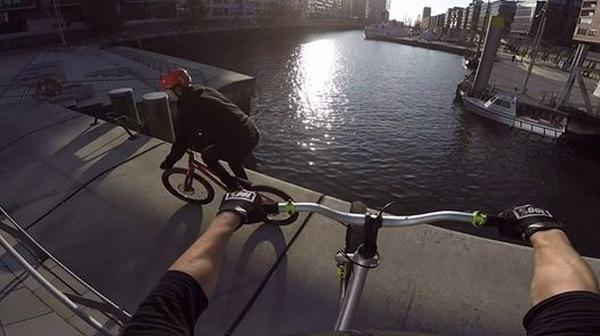 Danny MacAskill zu Besuch in Hamburg | Awesome | Was is hier eigentlich los? | wihel.de
