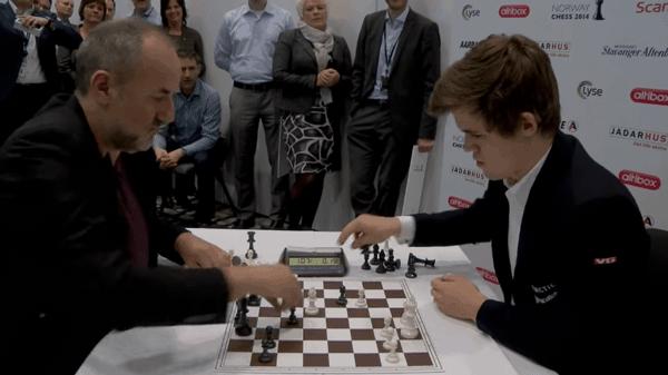Faszination Schach - Eine Blitz-Schach-Partie zwischen Magnus Carlsen und Espen Agdestein | Awesome | Was is hier eigentlich los? | wihel.de