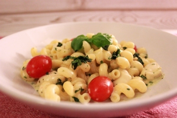 Line kocht: Zitronen-Hähnchen mit Pasta und Kirschtomaten | Line kocht | Was is hier eigentlich los?