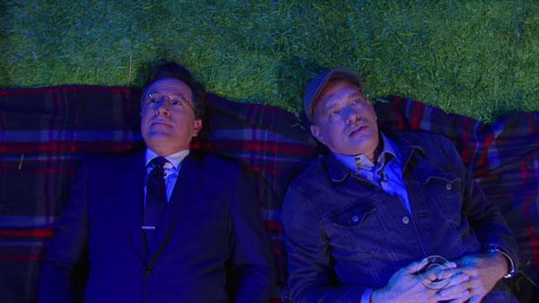 Stephen Colbert, Tom Hanks und die Fragen der Welt | Lustiges | Was is hier eigentlich los? | wihel.de