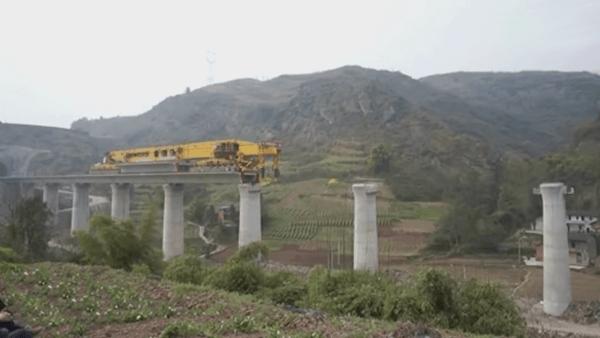 Und so bauen sie Brücken in China