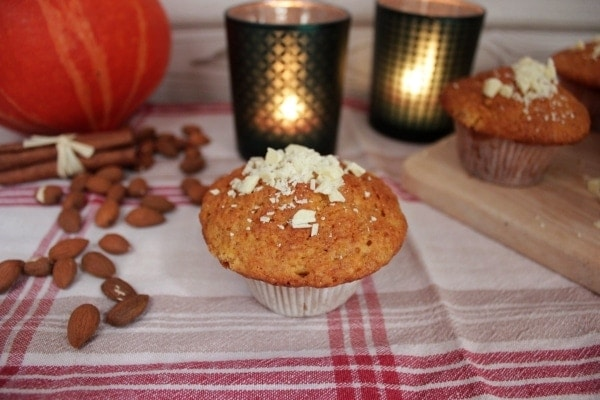 Line backt: White-Chocolate-Pumpkin-Muffins