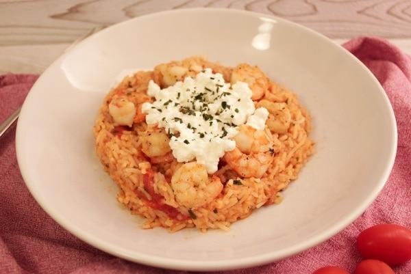 Line kocht würzigen Tomatenreis mit Shrimps | Line kocht | Was is hier eigentlich los?