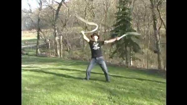 Der bessere Indiana Jones? Adam Winrich, Peitschensportler | Awesome | Was is hier eigentlich los?