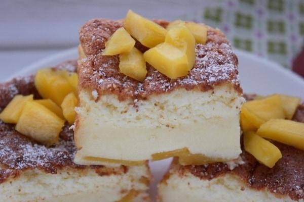 Line backt sommerlichen Magic Cake mit Mango und weißer Schokolade | Line backt | Was is hier eigentlich los?