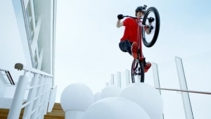 Mit dem Fahrrad über die AIDAprima | sponsored Posts | Was is hier eigentlich los? | wihel.de