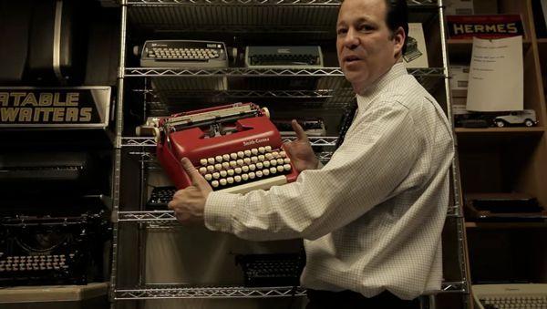 Schreibmaschinen reparieren - Ein vom Aussterben bedrohter Familienbetrieb in New York | Zeitgeschichte | Was is hier eigentlich los?