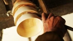 Holzschüssel unplugged bauen - auf traditionelle Weise | Handwerk | Was is hier eigentlich los? | wihel.de