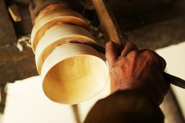 Holzschüssel unplugged bauen - auf traditionelle Weise | Handwerk | Was is hier eigentlich los?