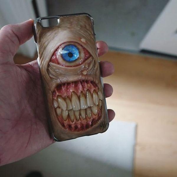 Smartphone-Hüllen aus der Hölle - von Morgan Loebel | WTF | Was is hier eigentlich los?