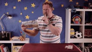 Wie der Zaubertrick mit der zerissenen Zeitung funktioniert | Awesome | Was is hier eigentlich los? | wihel.de
