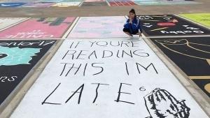 In den Staaten dürfen Schüler ihre Parkplätze verschönern | Design/Kunst | Was is hier eigentlich los?