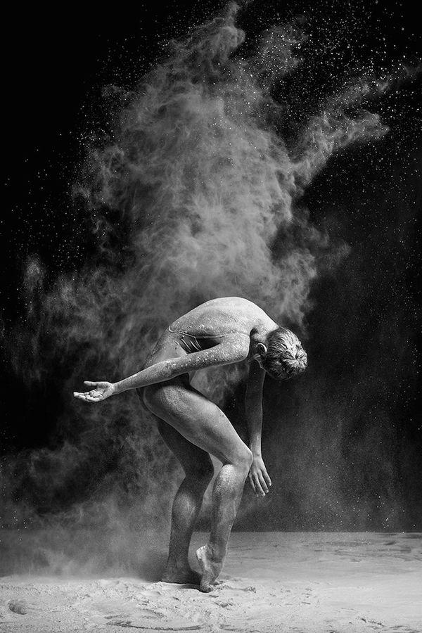Mehl-Ballett-Fotos von Alexander Yakovlev | Fotografie | Was is hier eigentlich los?