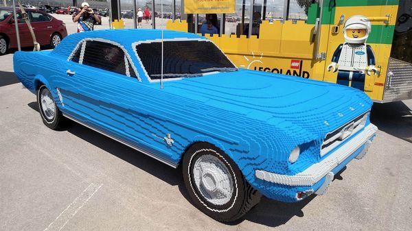Ein Mustang aus LEGO in Lebensgröße | Gadgets | Was is hier eigentlich los?