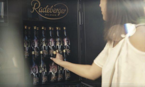 Gewinnspiel: Sing den Swing mit Radeberger | sponsored Posts | Was is hier eigentlich los?