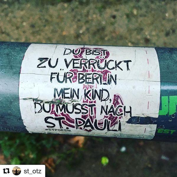 In Hamburg klebt man Poesie | Design/Kunst | Was is hier eigentlich los?