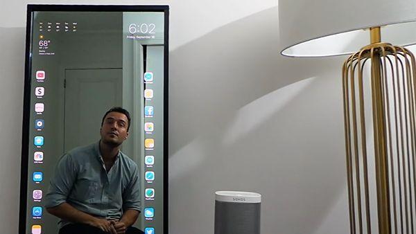 ein-spiegel-als-riesiges-smartphone